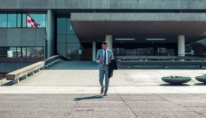 Foto Berita 1.332 Orang CEO di Dunia Angkat Kaki, Sebenarnya Apa yang Terjadi?