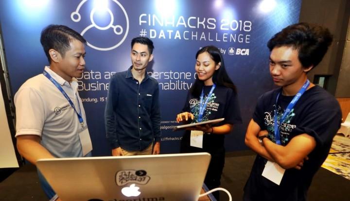 Foto Berita Roadshow BCA Finhacks 2018 #DataChallenge Bidik Bandung