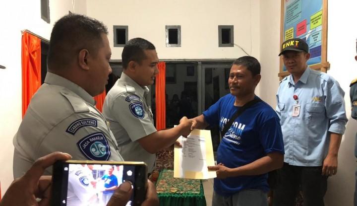 Foto Berita Jasa Raharja Beri Santunan ke Korban Kebakaran Kapal KM Fungka Pertama V