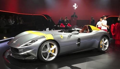 Foto Perang Lawan Corona, Ferrari Cs Tutup Pabrik di Italia