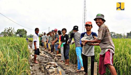 Foto Kemenpupera Libatkan Petani untuk Bangun Bendungan