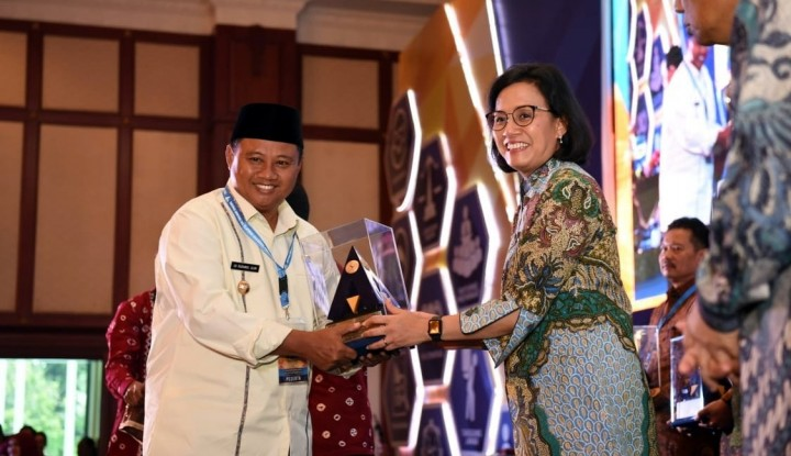 Lima Kali Raih WTP, Sri Mulyani Beri Penghargaan untuk Jabar - Warta Ekonomi
