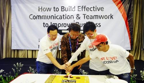 Foto Rayakan Ulang Tahun, OK! Bank Siapkan Strategi Baru