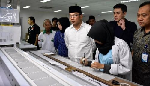 Foto Ridwan Kamil: Dekranasda Wajin Buka Toko di Jakarta dan Bali