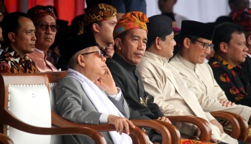 Foto Saat Beri Sambutan, Jokowi Lihat Sandiaga, Begini Reaksinya...