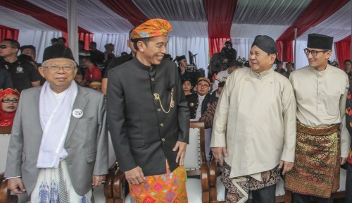 Foto Blunder Ma'ruf Amin dan Adik Prabowo Luncurkan Buku untuk Kaum Difabel