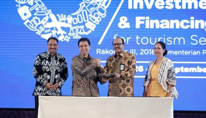 Foto Berita Grab-Kemenpar Teken MoU Dukung Wonderful Indonesia