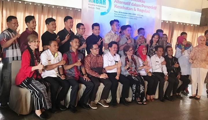 Foto Berita Koalisi Indonesia Bebas TAR Gelar Diskusi Publik tentang Produk Tembakau Alternatif