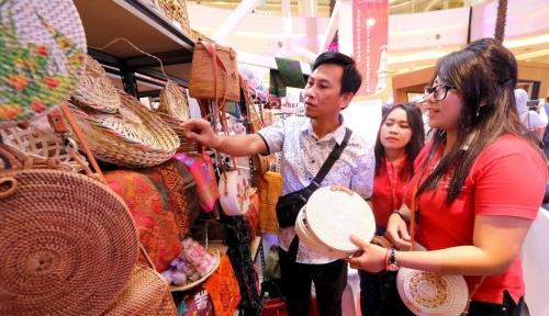Foto Kolaborasi Shopee-Mall BTM Dukung UKM Bogor Perluas Pemasaran Online