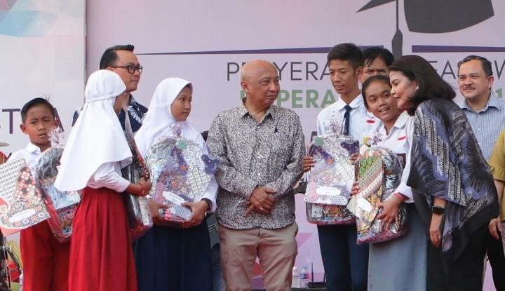 Foto Berita Hingga 2018, Koperasi Astra Berikan Beasiswa 35.024 Anak