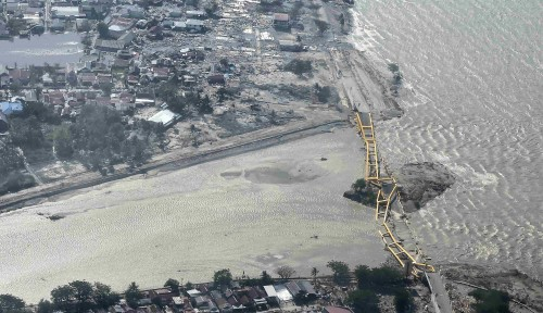 Foto Pertamina Kalimantan Kirim 20 Operator SPBU ke Lokasi Bencana di Sulawesi