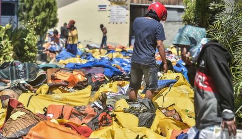 Foto Menteri Basuki Fokuskan Pasukannya Evakuasi Korban Gempa-Tsunami