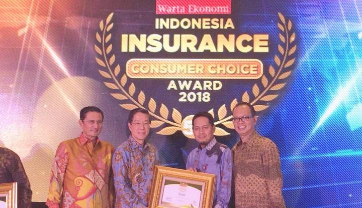 Foto Berita Sequis Raih Penghargaan Indonesia Insurance Consumer Choice Award 2018