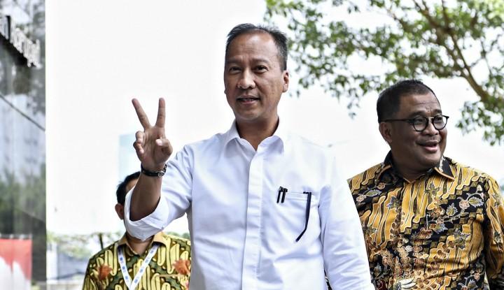Foto Berita Saat Menteri Gumiwang Ditagih di Depan Umum oleh Jokowi...
