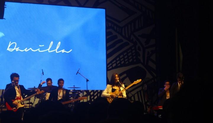 Lepas Penat di Konser Musik Synchronize Fest 2018 - Warta Ekonomi