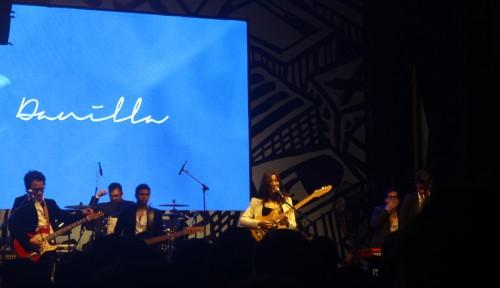 Foto Lepas Penat di Konser Musik Synchronize Fest 2018