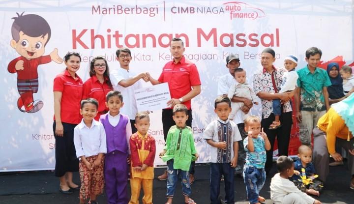 CIMB Niaga Auto Finance Gelar Khitanan Massal di Cianjur - Warta Ekonomi