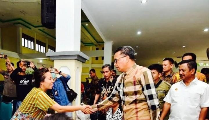 Foto Berita Gubernur Sulsel: Korban Gempa dan Tsunami Sulteng Terlayani dengan Baik