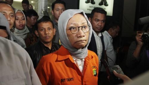 Foto Ratna Minta Jadi Tahanan Kota, Alasannya Lucu