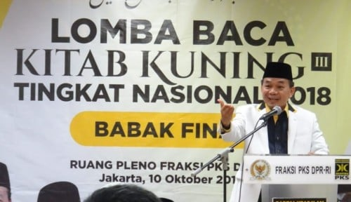Foto PKS: Ulama dan Santri Terdepan Bela Negara