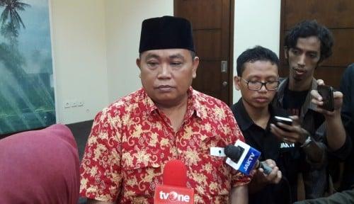 Foto Arief Poyuono, Lu Jangan Nginjek Jalan, Melayang Aja