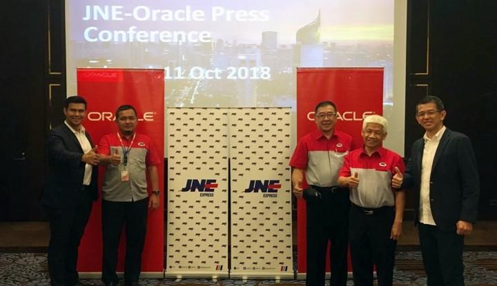 Foto Berita JNE Hadirkan Sistem Pengiriman Pintar dengan Oracle Cloud