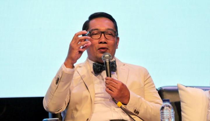 Foto Berita Dua Anak Buahnya Kena OTT KPK, Kang Emil: Miris!