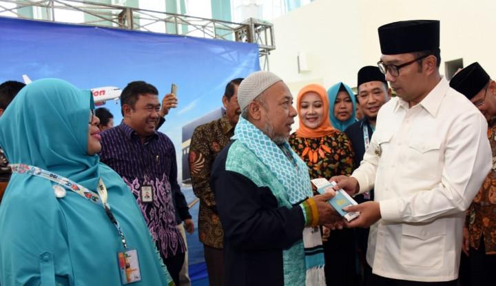 Foto Berita Jabar Butuh 1.500 Penerbangan untuk Layani Umrah