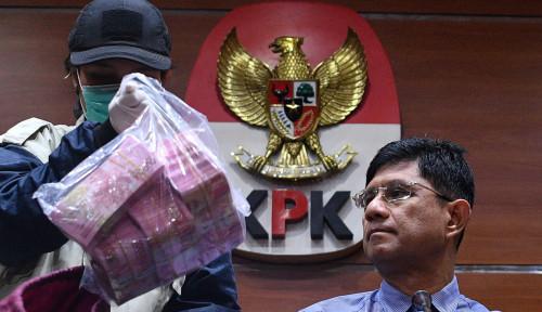 Foto Neneng jadi Pesakitan KPK, Wabup Naik Posisi...
