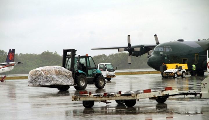 Foto Berita TNI Kirim 8,9 Ton Bantuan untuk Palu