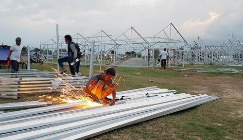 Foto Sinergi BUMN Sediakan Hunian Sementara Korban Gempa di Sigi