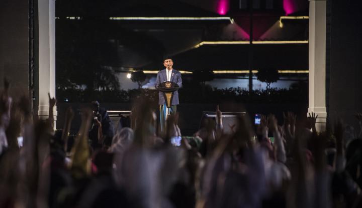 Foto Berita Jokowi: Keutuhan Negara Tak Lepas dari Peran Ulama dan Santri