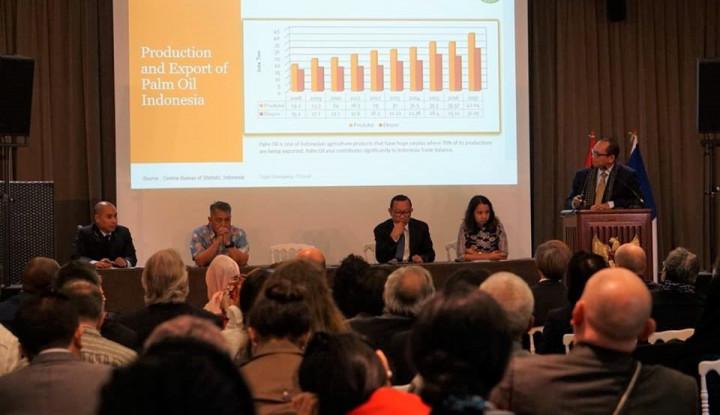 Foto Berita Gelar Forum Bisnis, KBRI di Paris Bahas Strategi Penetrasi Pasar Global