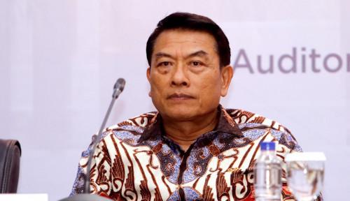 Foto Tim Prabowo Bandingkan Jokowi Saat Debat Pilpres Perdana, Lihat Reaksi Moeldoko