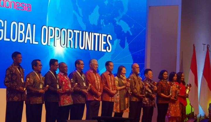 Foto Berita Jokowi Beri Penghargaan Primaniyarta 2018 untuk Bio Farma