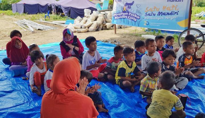 Anak-Anak Korban Tsunami Ingin Pulang dan Kembali Sekolah (2) - Warta Ekonomi