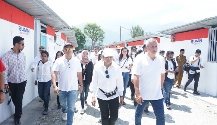 Foto Berita Menteri Rini Tengok Pembangunan Hunian Sementara BUMN di Sigi