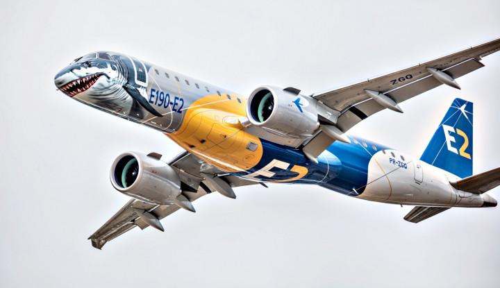 Foto Berita Embraer Shark E190-E2 Starts Its China Debut