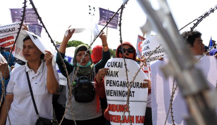 Foto Berita Serikat Pekerja: Kenaikan Cukai Rokok Tingkatkan Pengangguran