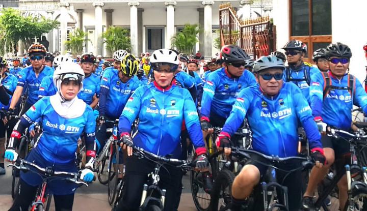 Foto Berita 2.000 Pesepeda Meriahkan BTN Tour de Borobudur 2018