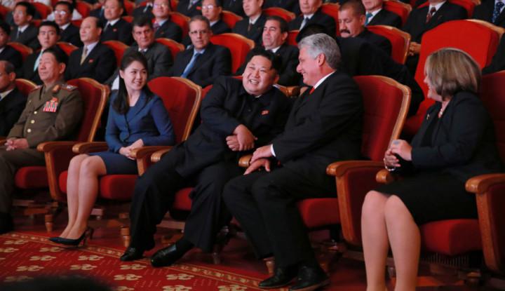 Foto Berita Lawan Sanksi AS, Kim Jong Un Rapatkan Barisan dengan Pemimpin Kuba