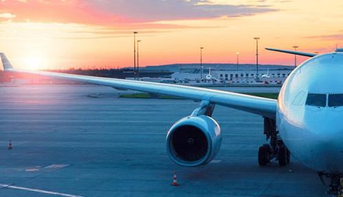 Foto Kunjungan Wisata Turun, Gubernur Babel Bahas Tarif Tiket dengan Maskapai Penerbangan