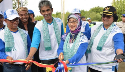 Foto DPRD Indramayu Setujui Anna Sophanah Mundur dari Kursi Bupati