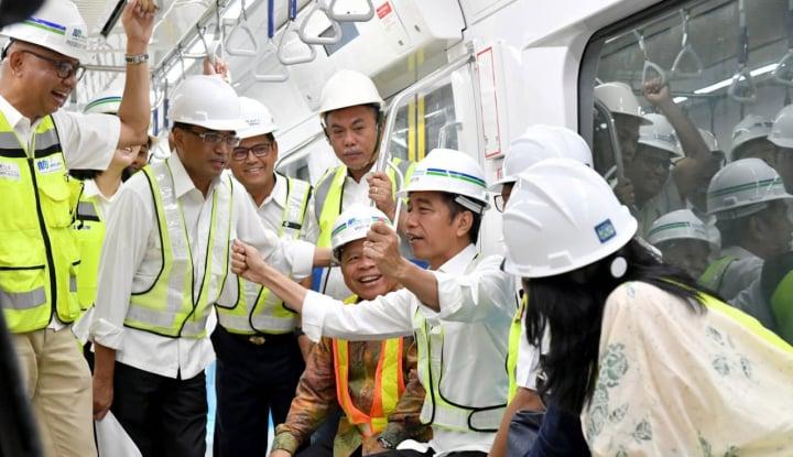 Pak Jokowi, Hubungan dengan Mas Anies Gimana? - Warta Ekonomi