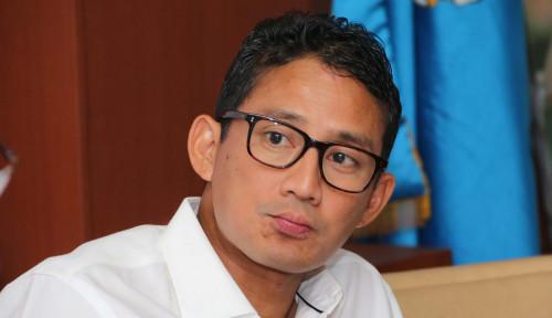Foto Sandiaga Main 'Dua Kaki', Bahaya Prabowo?
