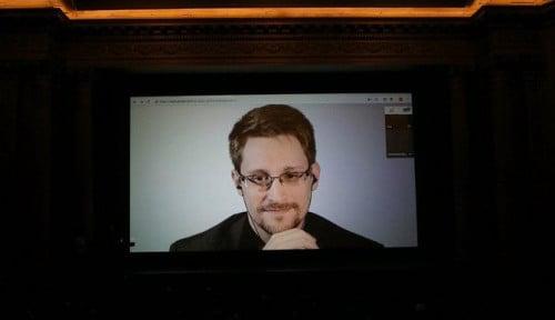 Foto Edward Snowden Sempat Akan Direkrut Badan Intelijen Rusia