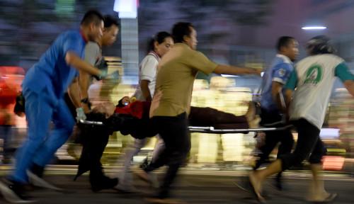 Foto Korban Surabaya Membara Kakinya Diamputasi