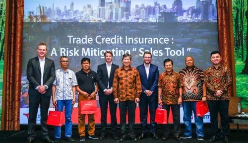 Foto Situasi Ekonomi Bergejolak, Asuransi Sinar Mas Gelar Seminar Bersama Atradius