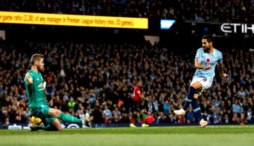 Foto City Kian Mantap di Pucuk Liga Inggris, Liverpool...