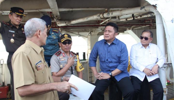 Foto Berita Gubernur Sumsel Instruksikan Operasional Pelabuhan TAA Diaktifkan Lagi